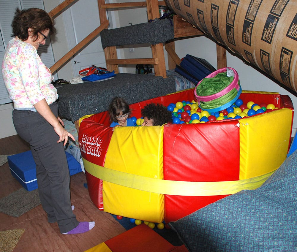 Ball-pit-fun-with-a-playgroup2